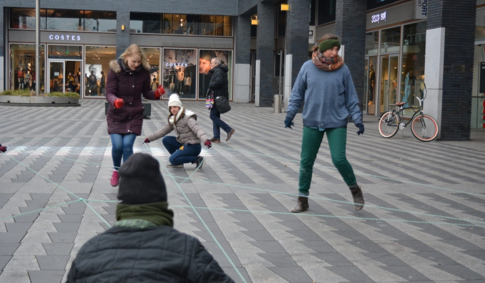 Move the Public SpaceMove the Public Space